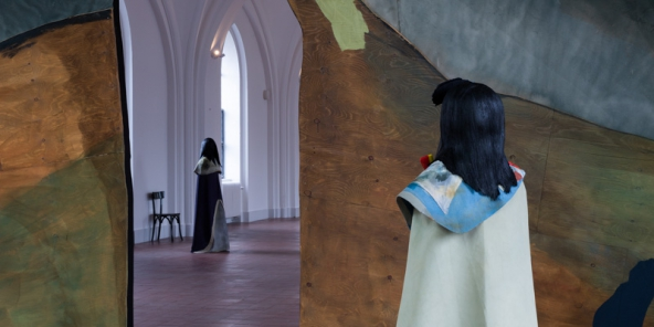 """TRUST- The Temple: We Are The Painters: """"Study for Costume"""", 2015. Installationsview. Foto: Torben Eskerod"""